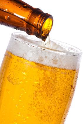 Um 1 % ist der Bierabsatz der Deutschen gestiegen.