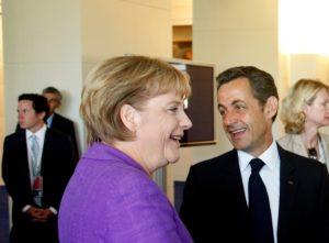 Bundeskanzlerin Angela Merkel und Nicolas Sarkozy beraten über Maßnahmen gegen die Finanzkrise