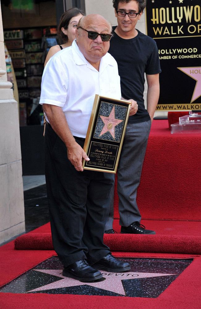 Danny DeVito bekommt Hollywood Stern
