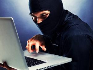 Hacker dringen in das Computersystem der NATO ein.