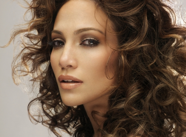 Jennifer Lopez glaubt weiterhin an die ewige Liebe!