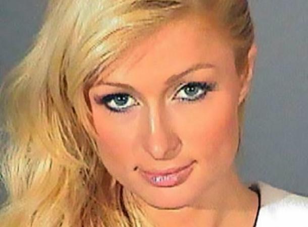 Paris Hilton bricht TV-Interview nach kritischen Fragen zu den schlechten Quoten ihrer Show ab.