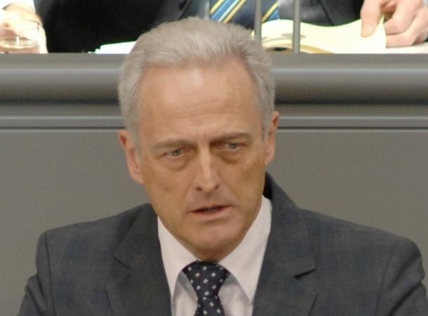 Peter Ramsauer: Kein Streik auf Kosten der Urlauber