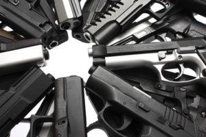 Insgesamt 800 Waffen bei Nationalsozialisten gefunden